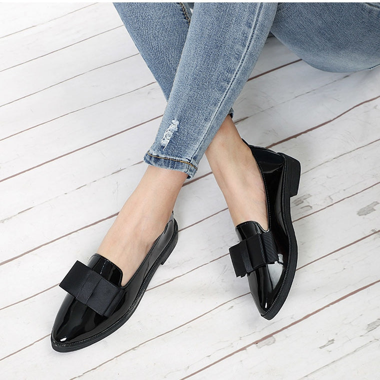 CHIC NYC Runway Flat Shoes Bowtie Loafers Thick Heel