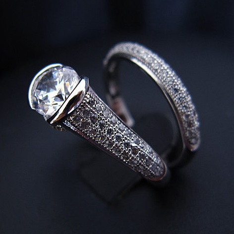 Round A Bout Ring - Platinum Plated with Clear Cut Crystals