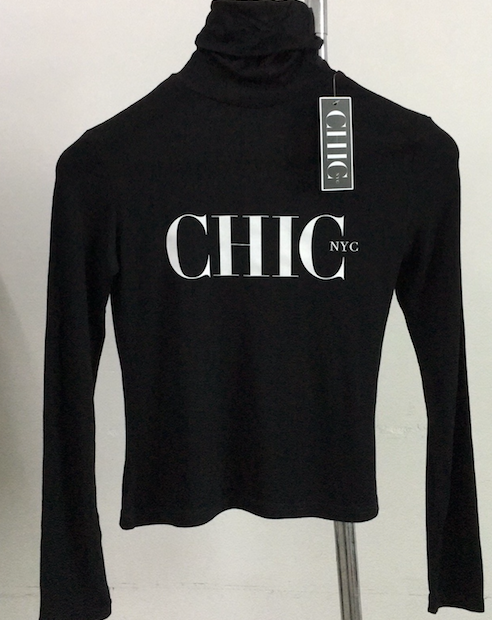 Chic NYC Turtle Neck - Black or White
