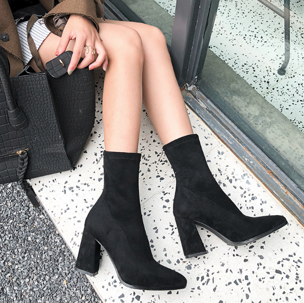 CHIC NYC Female Sense Pointed Short Boots