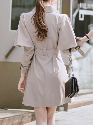 CHIC NYC Long Sleeved / Waisted Jacket
