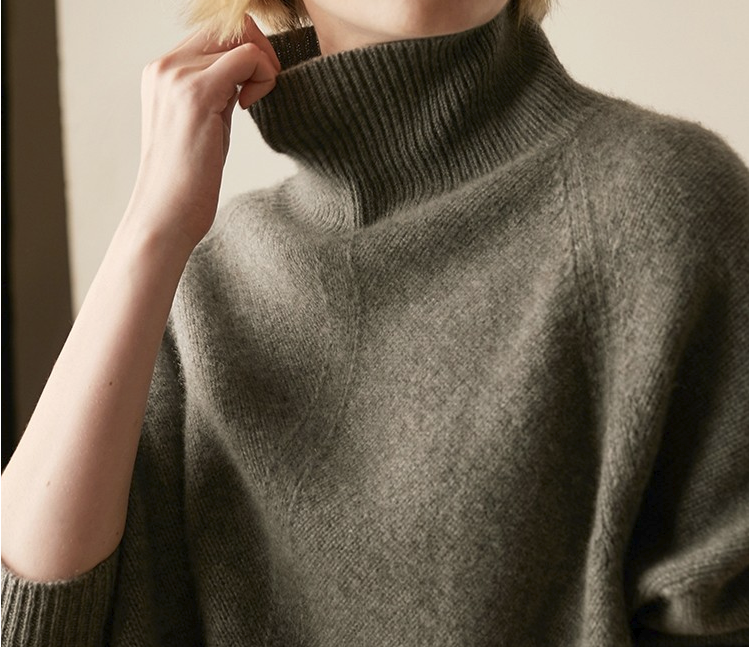 CHIC NYC Ladies High Collar Sweater