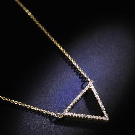 CHIC NYC Simple Geometric Necklace Triangle Pendant
