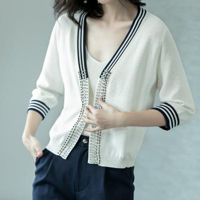 CHIC NYC Cardigan With Contrasting Beads