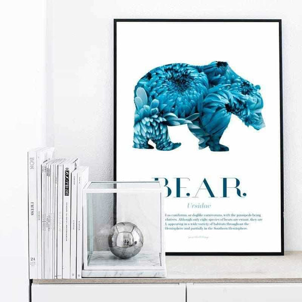 Bear - Scandinavian Wildlife Personliga posters, art prints Pansarhiertadesign