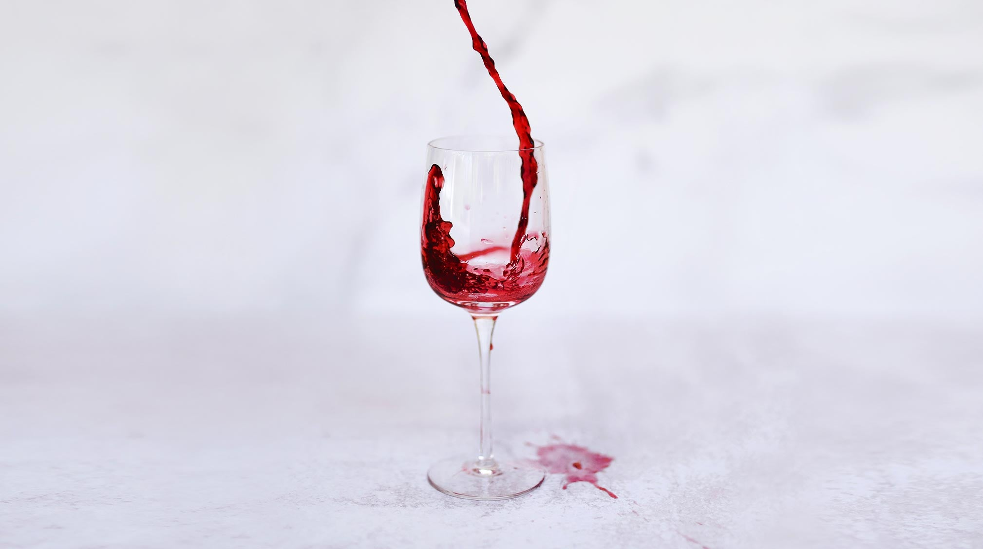 4 Ways to Use Wine for Your Skin
