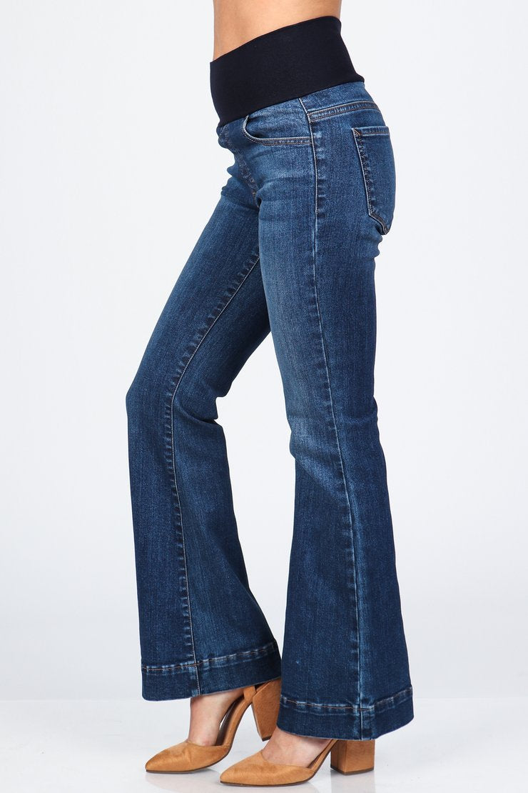 Wide Leg High Waist Jeans Bottoms - The Post Office by Shannon Passero. Fashion Boutique in Thorold, Ontario