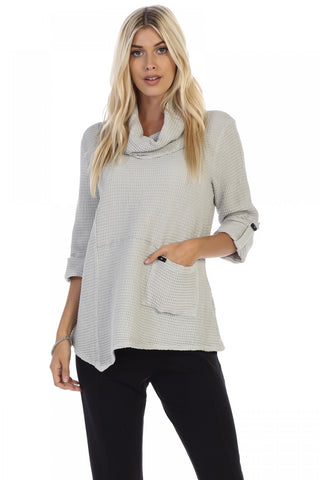 Roll Up Sleeve Pullover Focus