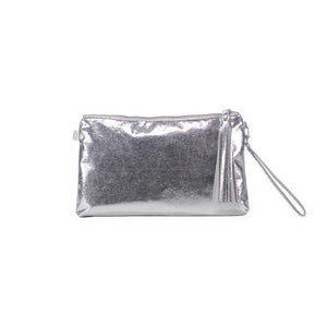 LUXE METALLIC CLUTCH WITH WRISTLET: SILVER