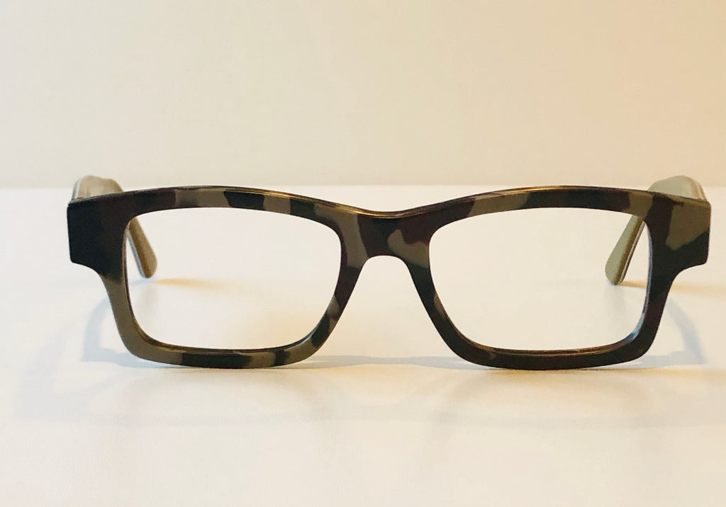 L'Optique Boutique Eyewear-Square