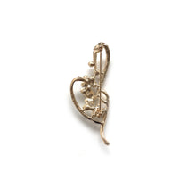 Gold Music Note Brooch