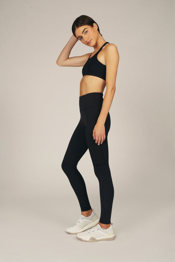 the dash side pocket legging capri