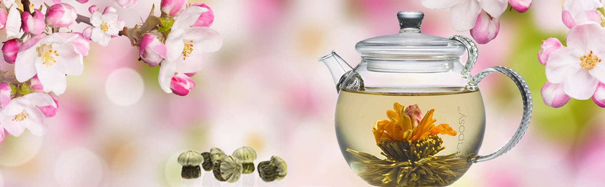 A Teaposy heart of love tea blossoms in the daydream glass teapot