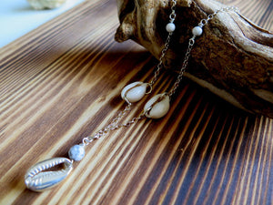 Silver Seashell Necklace, Gemstone Silver Necklace, Howlite - Viyoli Jewelry Designs