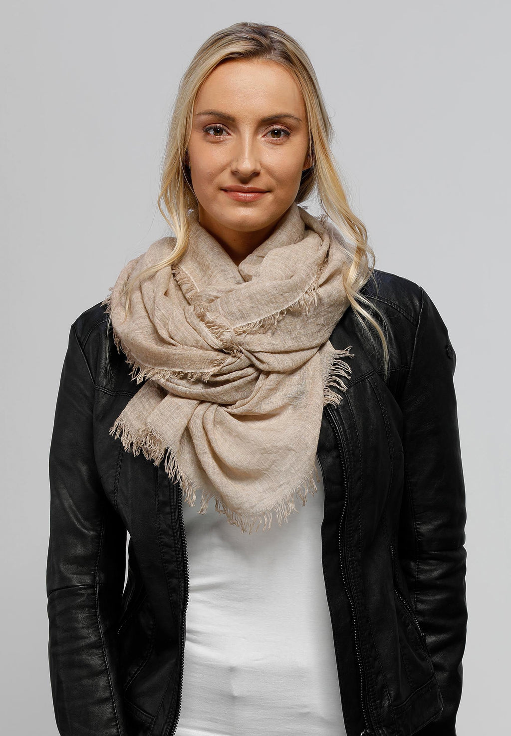 FRAAS Optic Cold Dye Woven Wrap Scarf