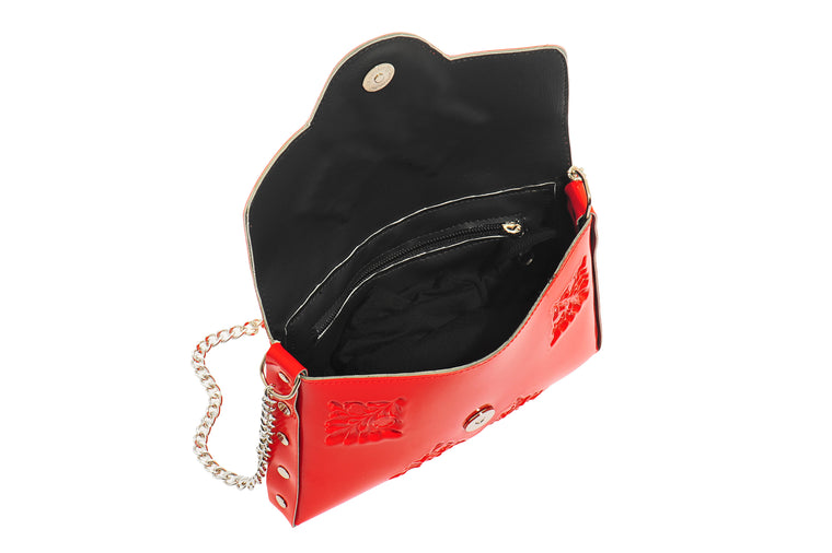 Medusa mini red clutch
