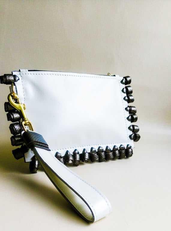 Chiney Bump Clutch - Ivory