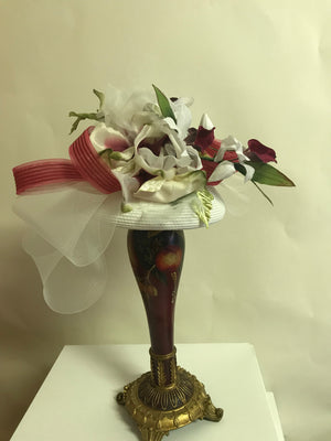 Wither and red fascinator