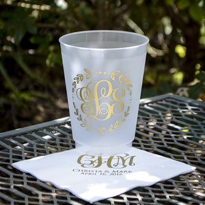 Personalized Wreath Border Monogram Shatterproof Party Cups