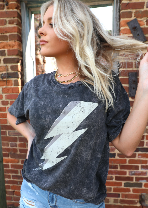 MINERAL WASH LIGHTNING BOLT TEE