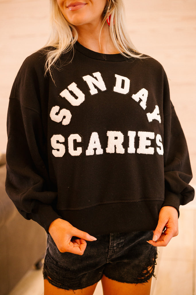 SUNDAY SCARIES PULLOVER