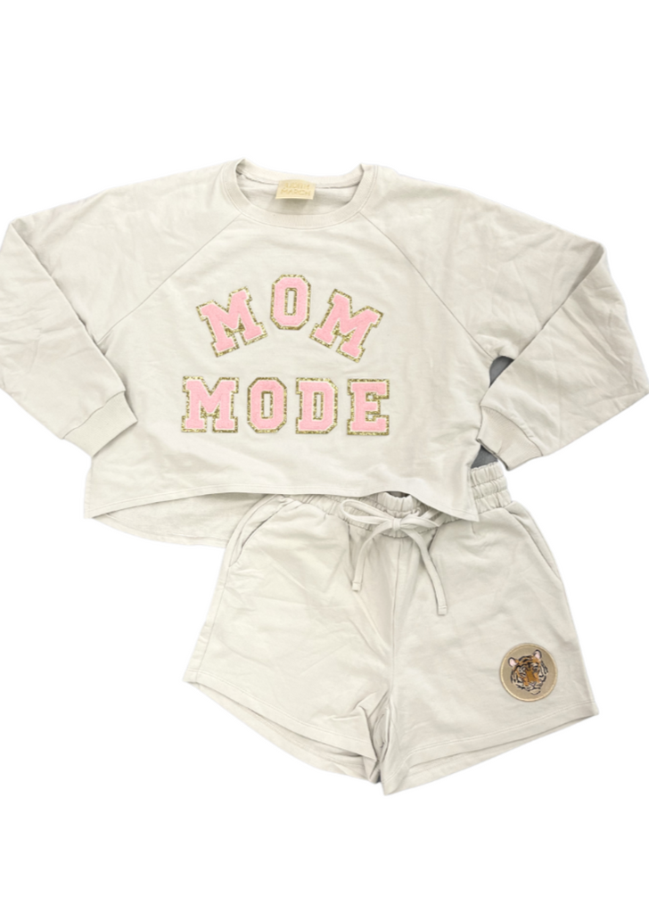 MOM MODE LOUNGE SET