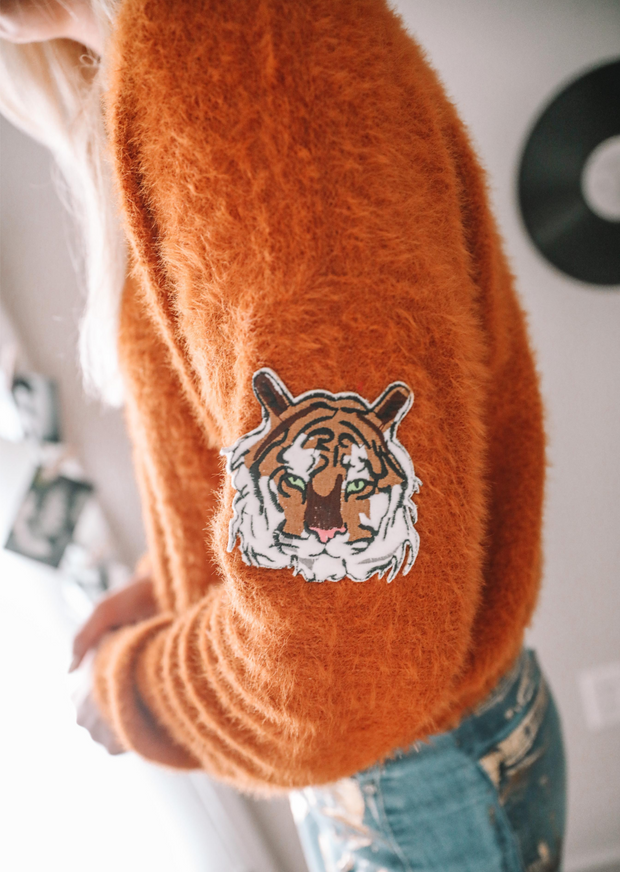 EASY TIGER RUST SWEATER