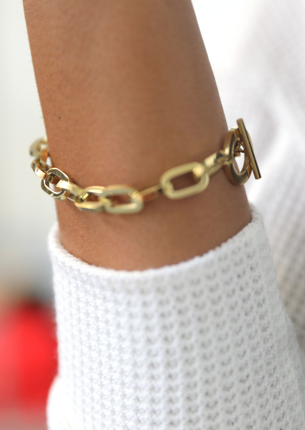 HEAVY METAL STATEMENT BRACELET