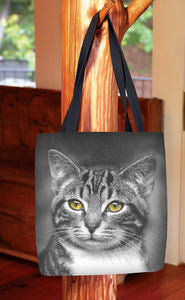 Cat with Yellow Eyes — Basic Tote Bag