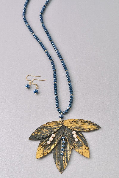 Beaded Pendant Leaf Necklace Set