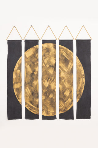 Oso wall hanging in gold