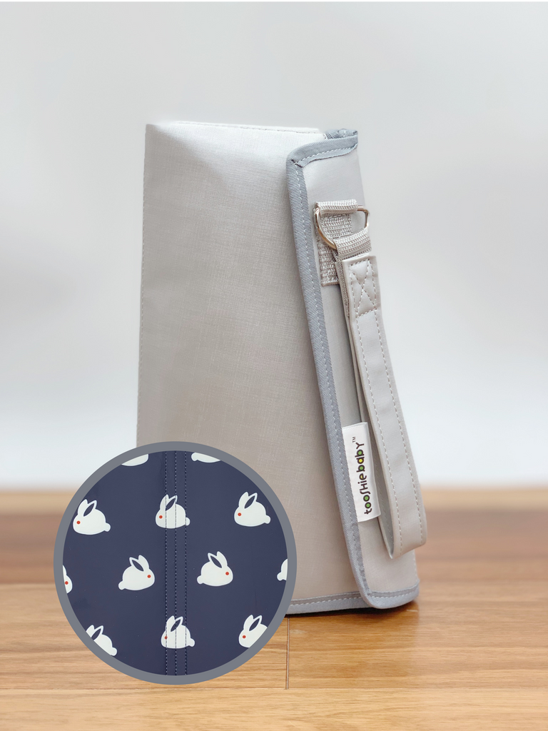 Changing Pad - Bunnies Everywhere (Navy Blue)