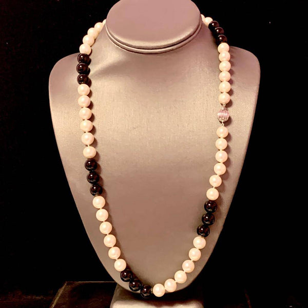Estate Freshwater Pearl Onyx Necklace 14k Gold 25.25