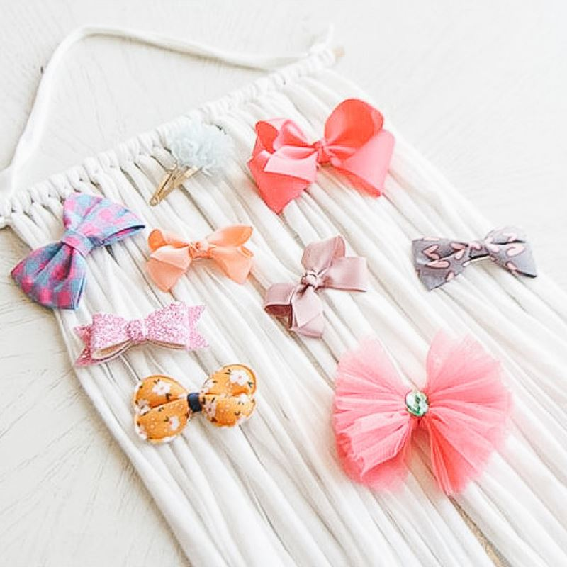 Subscription Boxes for Kids - Isabel's Bows & Pins Holder - Choulala Box