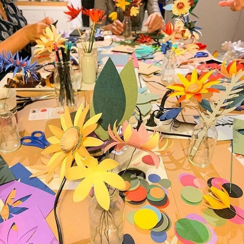 A! Ne Hos paper flowers workshop