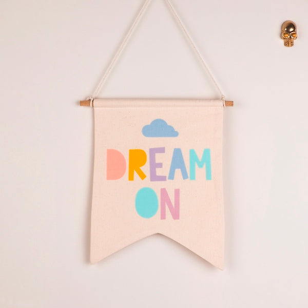 Dream On Flag - hippist.co.uk