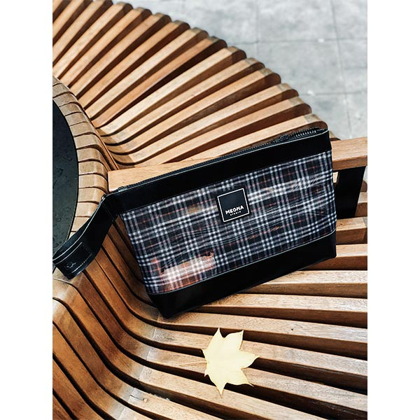 Alexa Clutch | Plaid