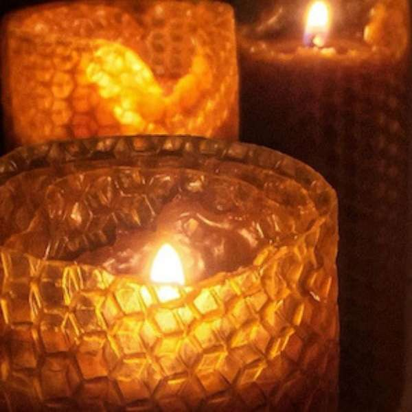 Hand-rolled natural beeswax giant candle
