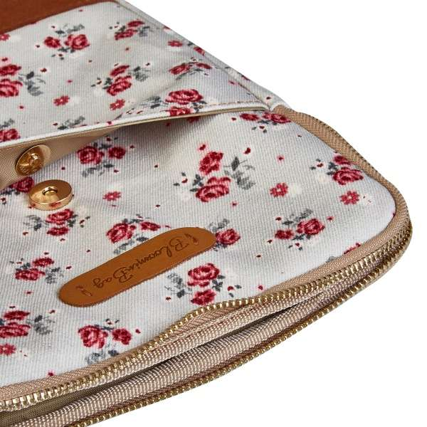 white laptop sleeve with pink flower