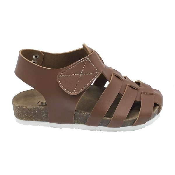 Caramel colour baby-friendly sandals are lightweight, flexible