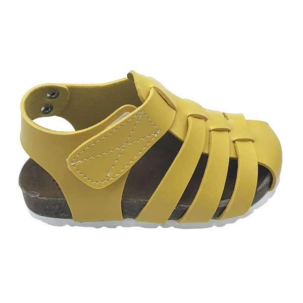 Yellow colour baby-friendly sandals are lightweight, flexible