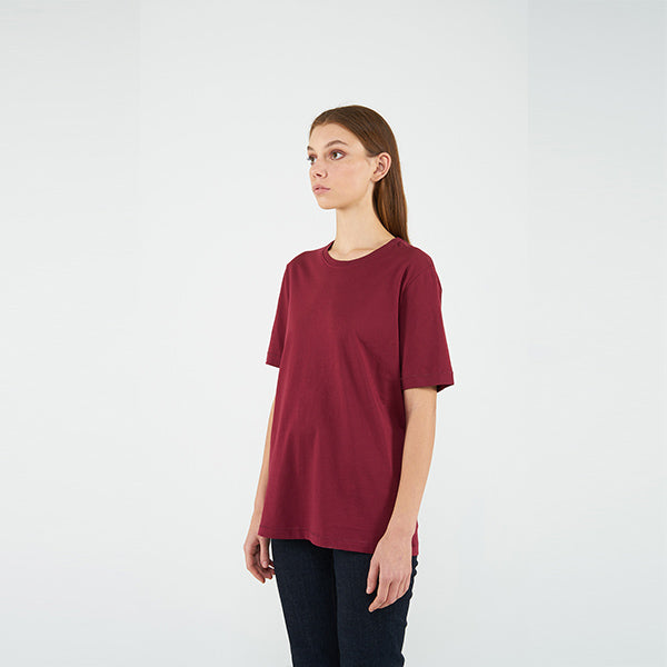 Reflect Studio  Burgundy Colour Classic Fit Basic Unisex T-Shirt at hippist.co.uk