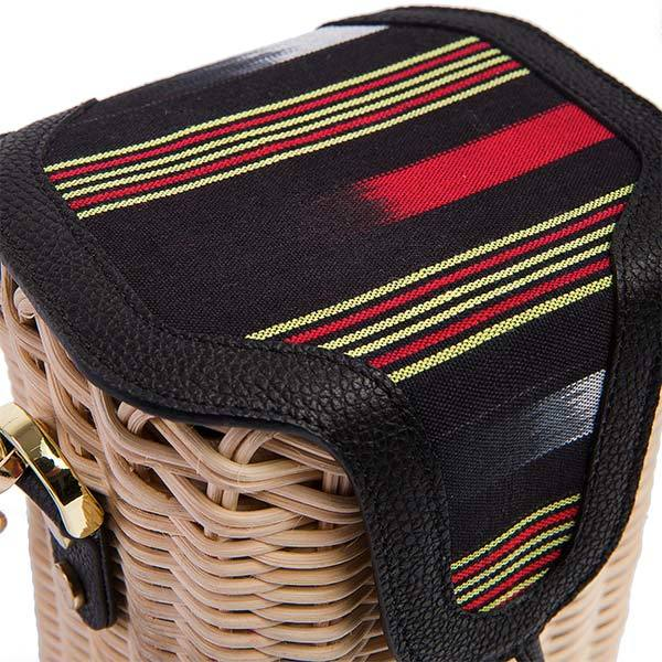 the top of the hand wickered basket shoulder bag