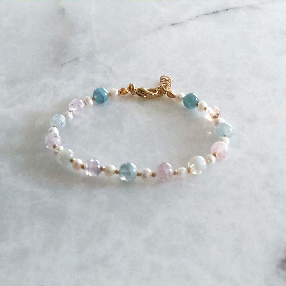 White and Blue Aquamarine & Quartz & Amethyst Bracelet