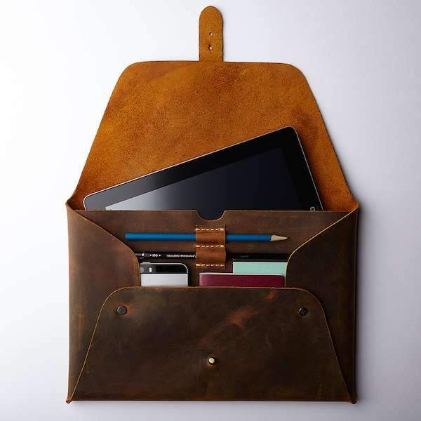 MacBook 12'' Clutch Antique Brown