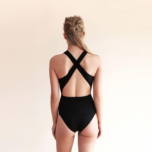 Criss cross cut out front & back with removable paddings.