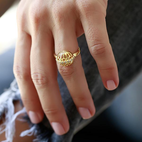 Gold plated bronze with zircon stone ring