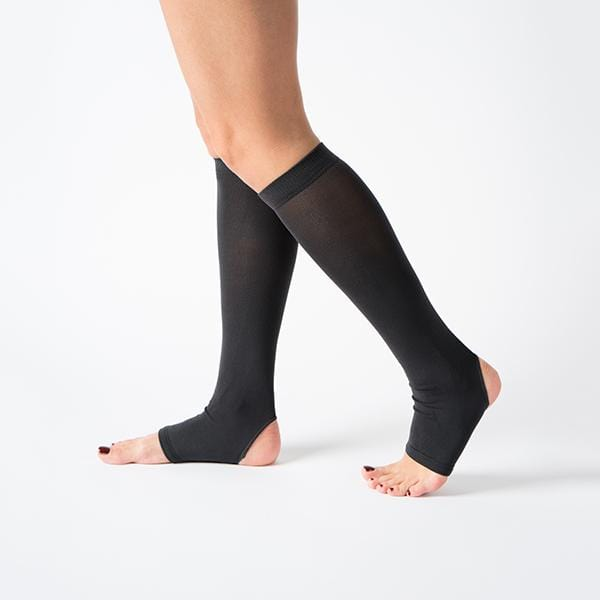 knee high black colour flexible comfortable breathable yoga pilates socks
