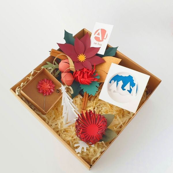 Handcrafted Gift Box 20*20cm