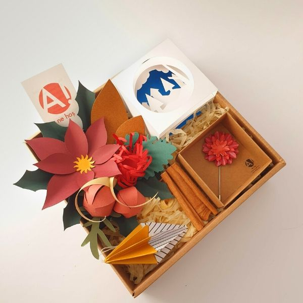 Handcrafted Gift Box 25*25cm